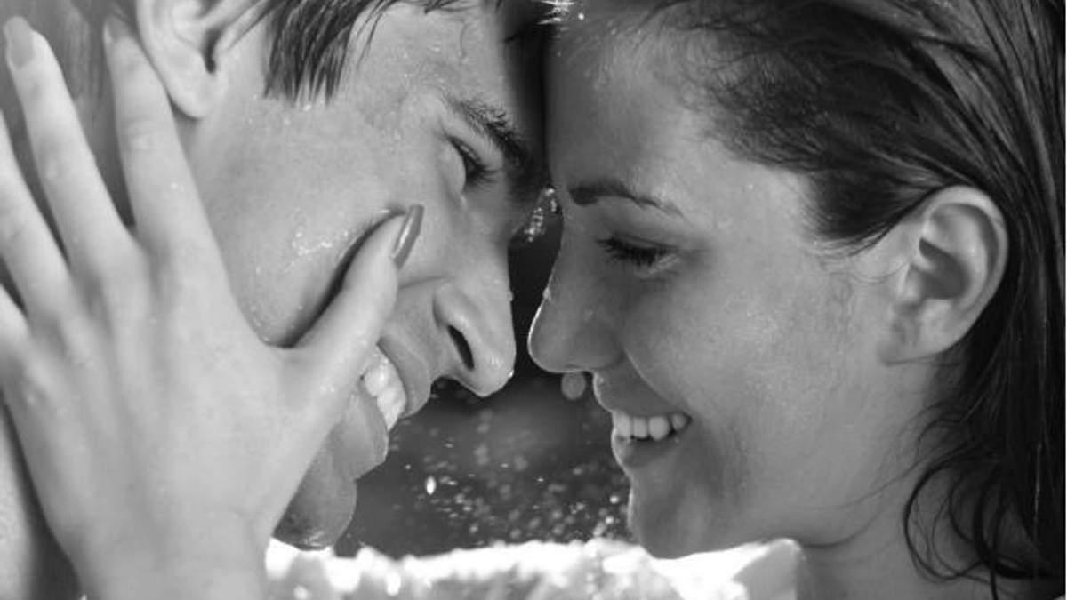 Мужчины манипулируют женщинами с помощью улыбки, - ученые