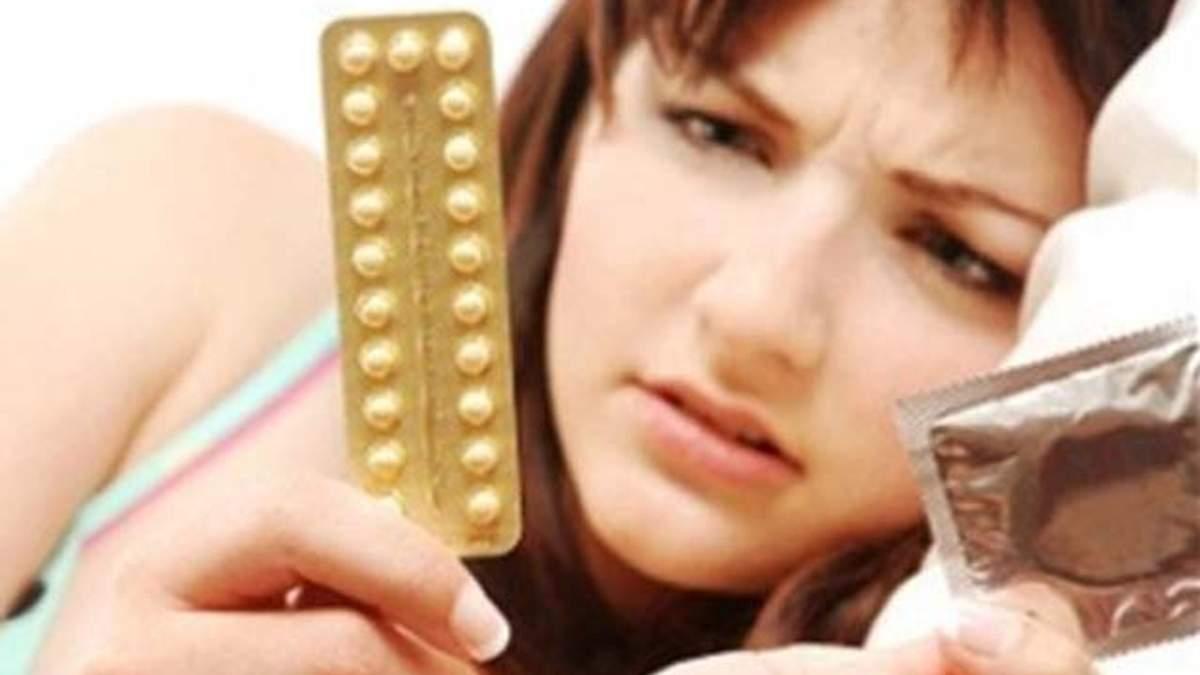 Жінки, які приймають протизаплідні таблетки, обирають менш мужніх партнерів