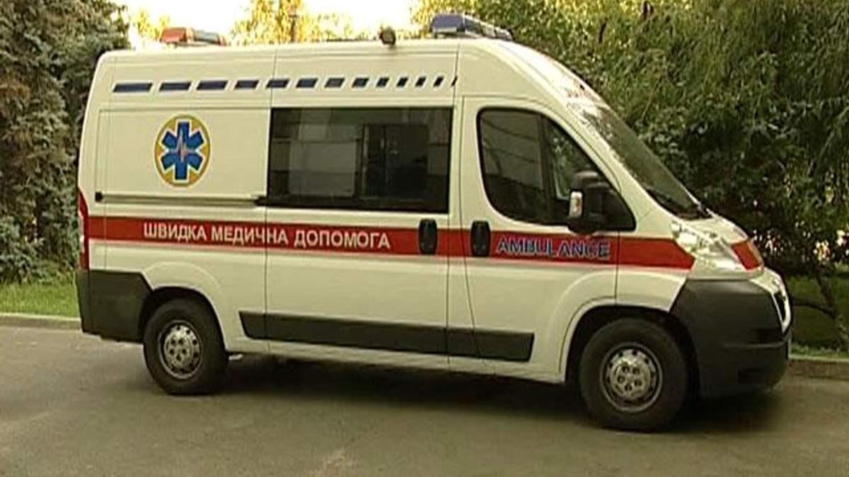 Україні потрібно 20 тисяч нових карет швидкої допомоги, - Азаров