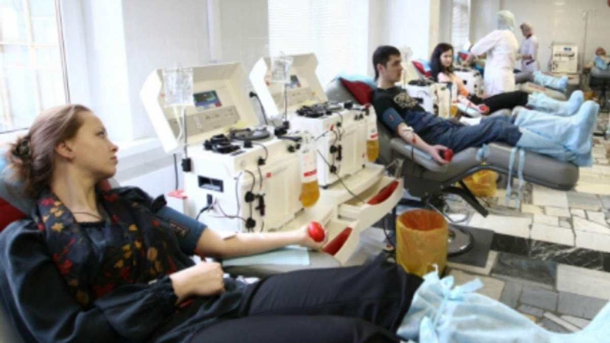 Российским гомосексуалистам хотят запретить сдавать кровь для донорства