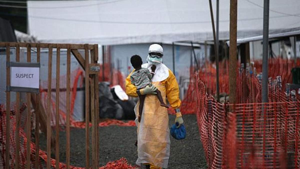 Ебола забрала  життя у 5,4 тисяч людей