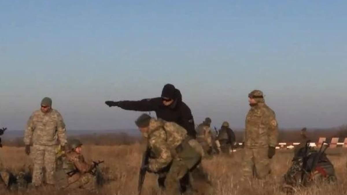 Волонтеры провели тренинг военных