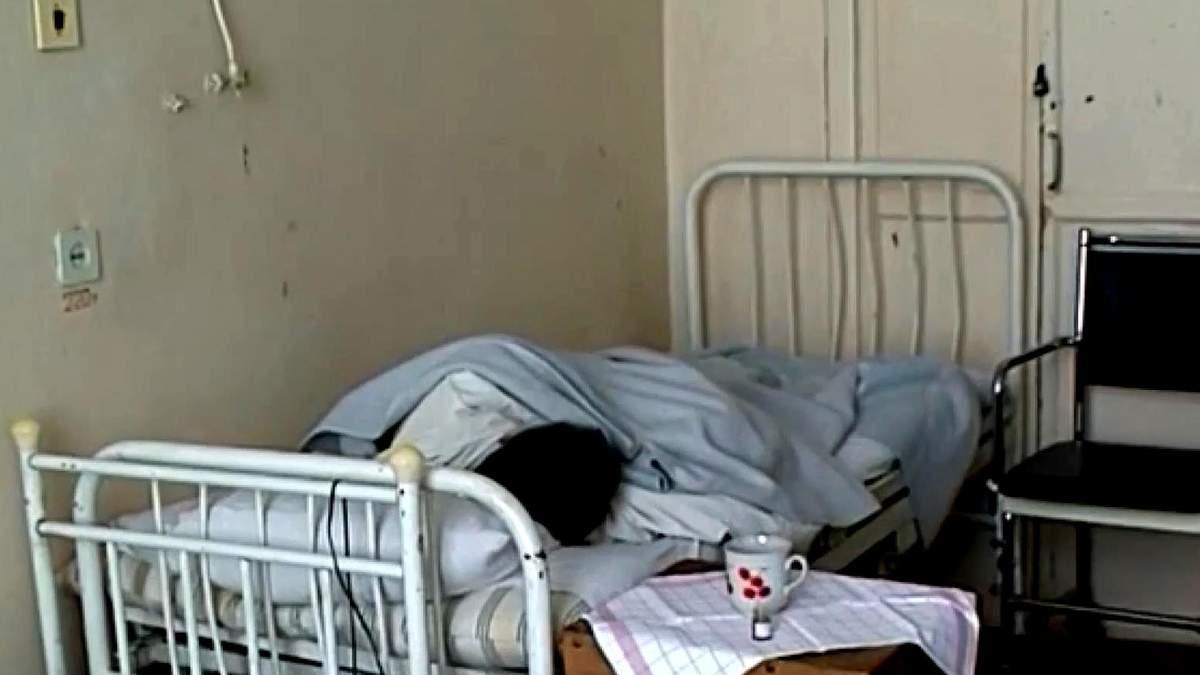 Скільки українців щодня страждає від застарілої медичної системи, розповіли екперти