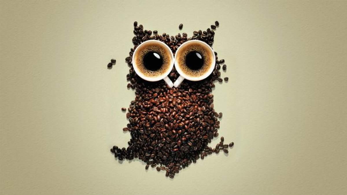 Вчені з'ясували, чому пити каву зранку шкідливо