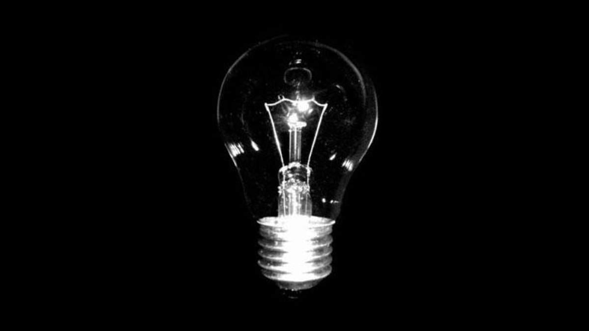 Никогда не повторяйте на себе: что случилось с парнем, который проглотил лампочку