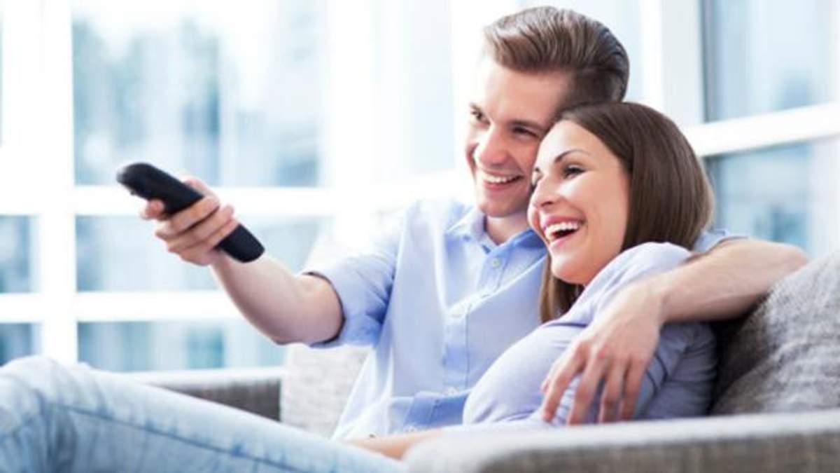 Просмотр фильмов с любимыми улучшает отношения, – ученые