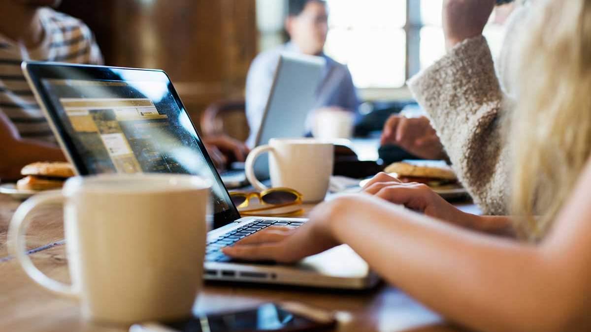5 способів схуднення на малорухливій роботі
