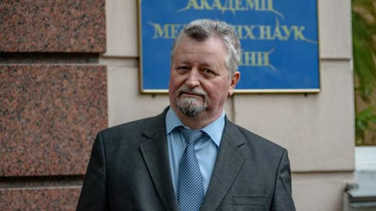 Віталій Цимбалюк вважає критику академіків за віком несправедливою