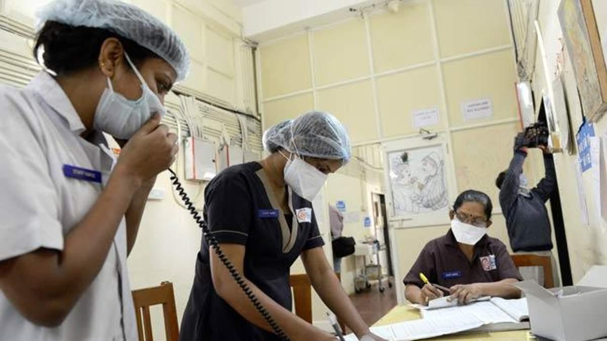 В Индии хирурги извлекли из желудка пациента 600 гвоздей