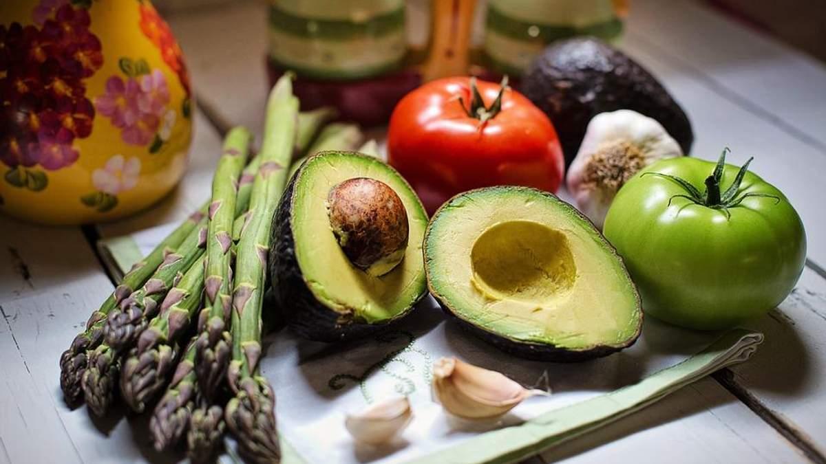4 жирних продукти, які насправді допомагають схуднути