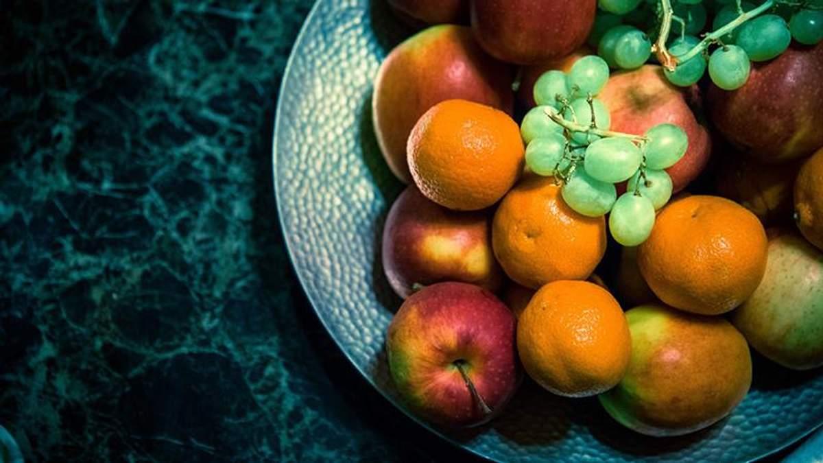 Дієтолог пояснила, чому не можна вечеряти фруктами