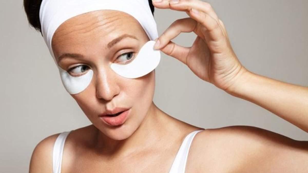 Три ошибки при нанесении патчей под глаза, которые могут навредить вашей коже