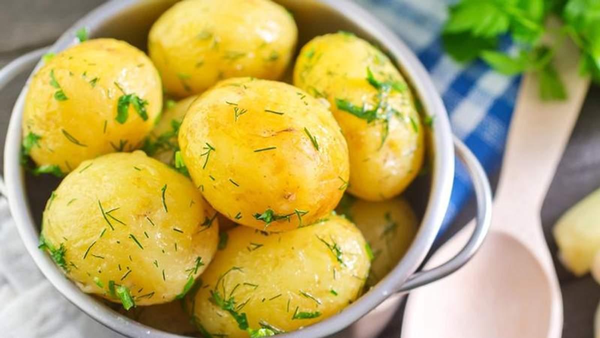 Як правильно варити картоплю, скільки варити картоплю