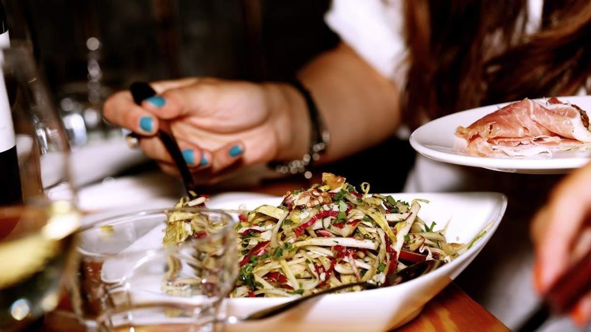 Як їсти менше: 7 дієвих рекомендацій
