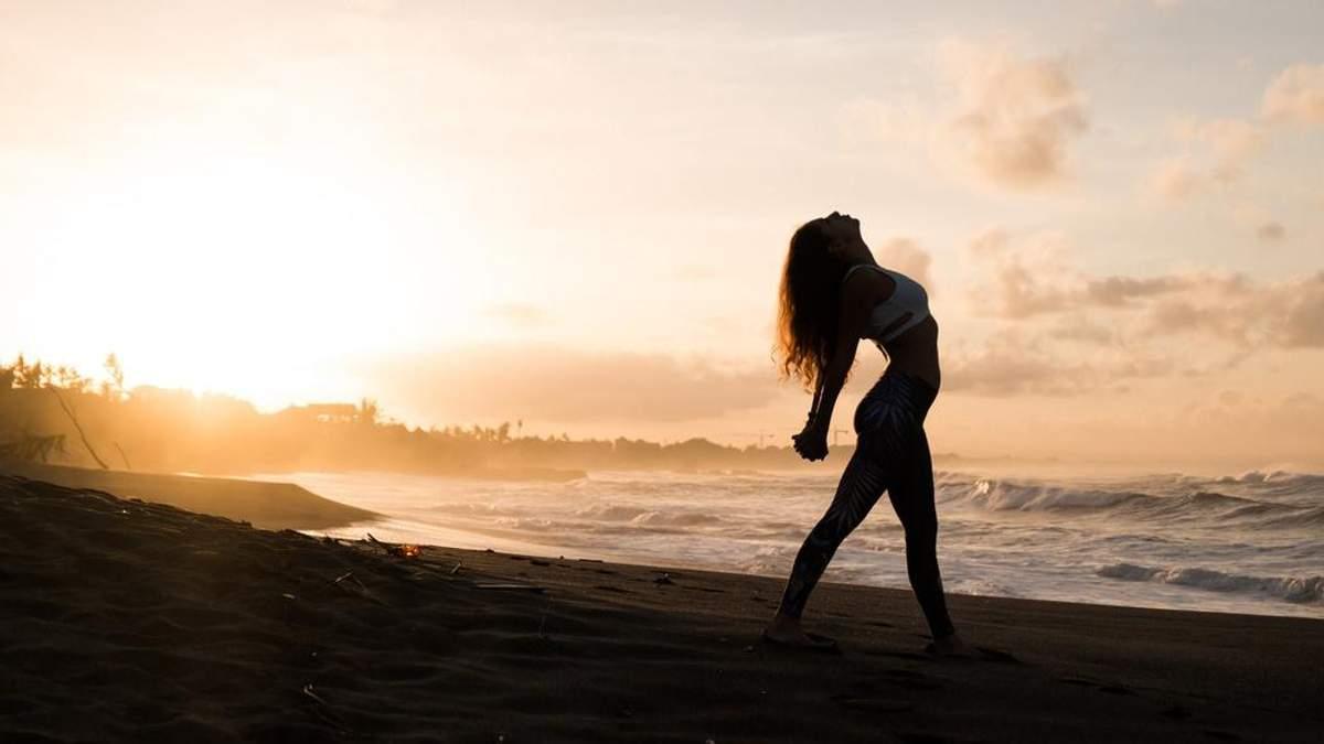 Как улучшить осанку: 5 эффективных поз йоги, которые помогут