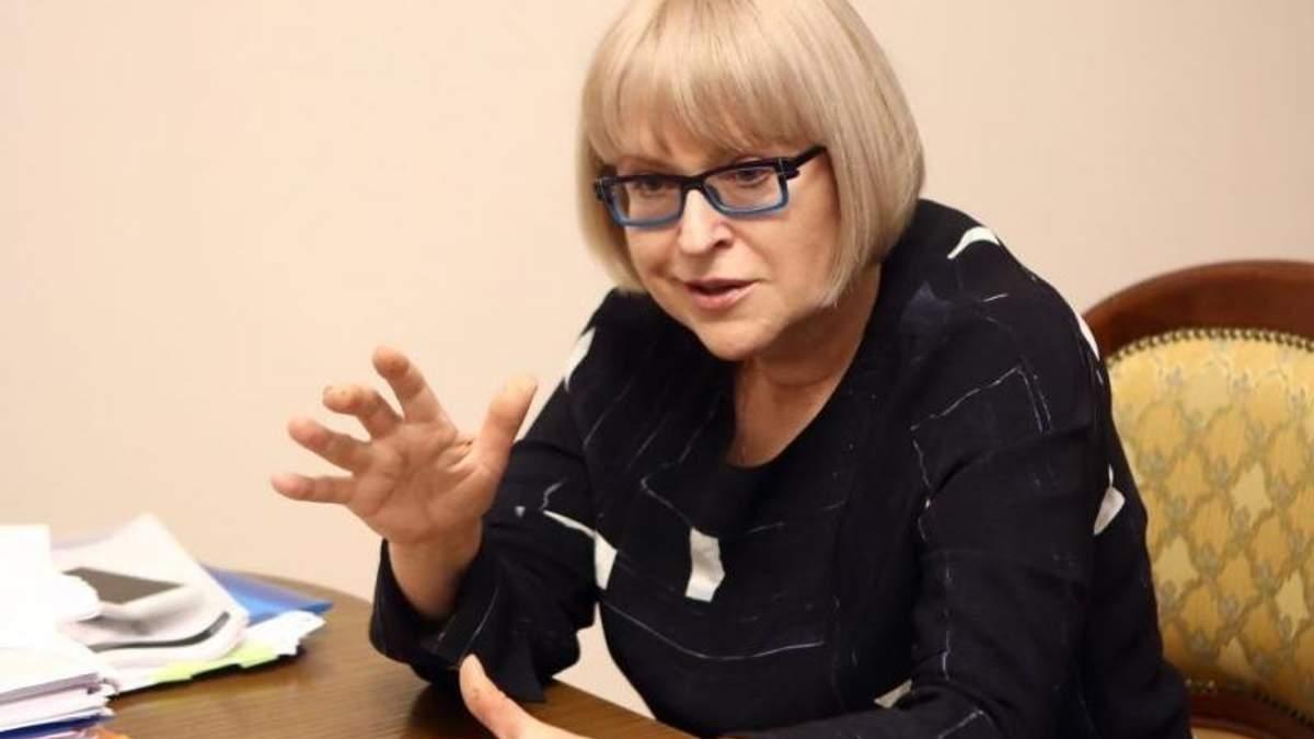 Студенти-медики вимагають поновити на посаді екс-ректора Амосову
