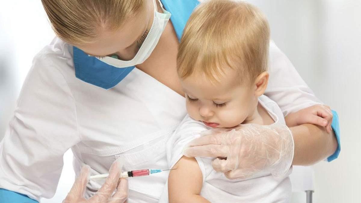 Сколько прививок должен сделать человек за всю жизнь