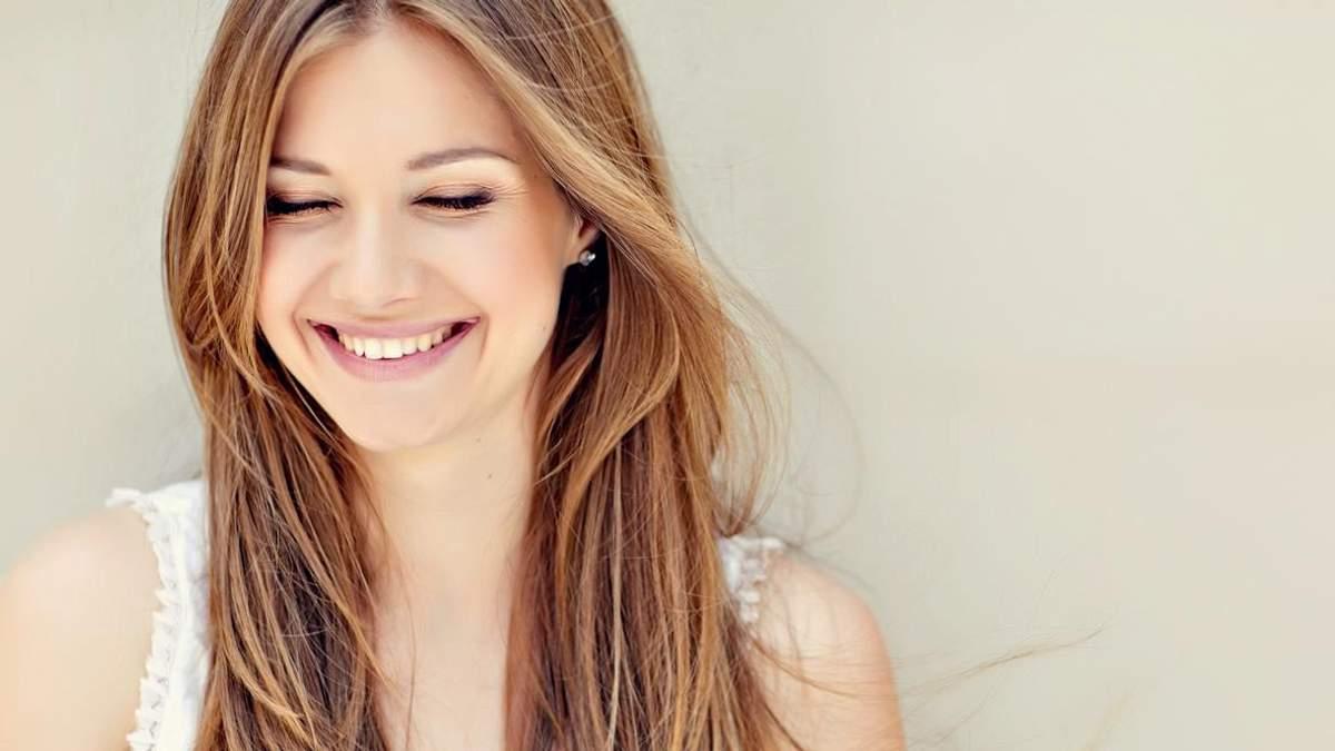Вчені дослідили, як усмішка впливає на реакцію людей