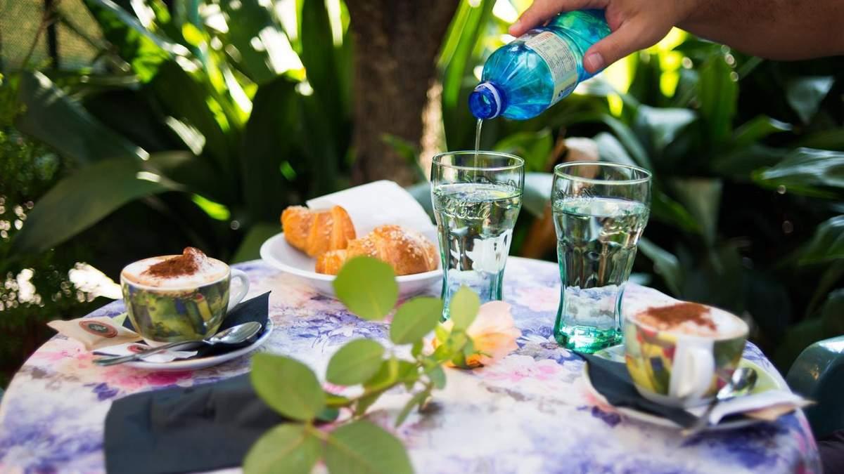 Кому не можна пити мінеральну воду