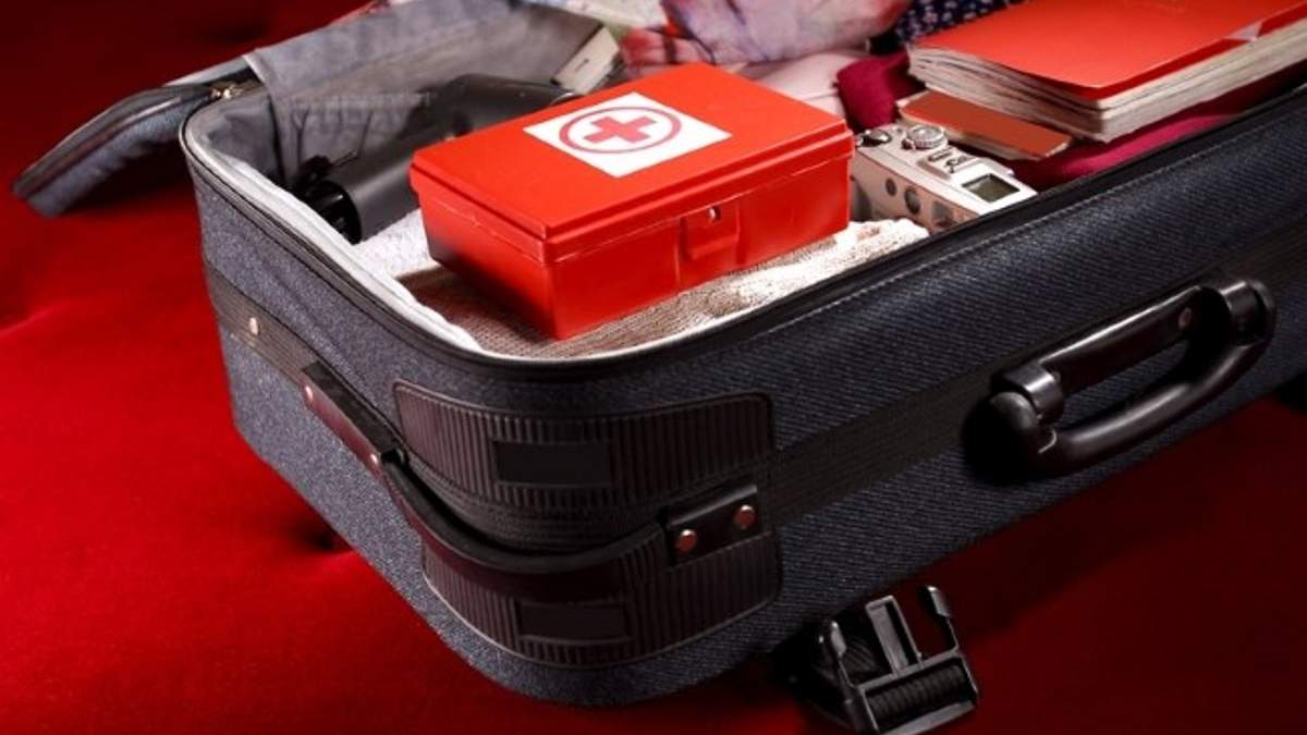Аптечка туриста - список лекарств необходимые в отпуске