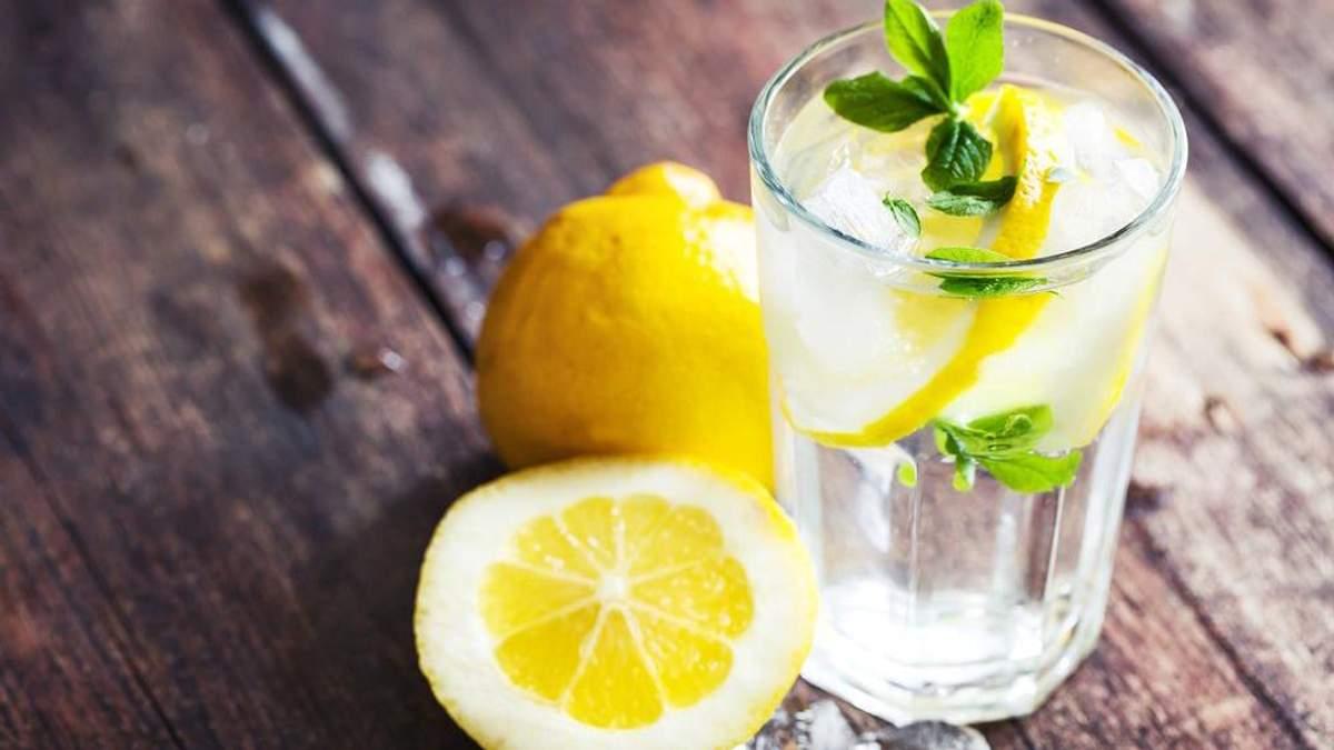 Коли не можна пити воду з лимоном