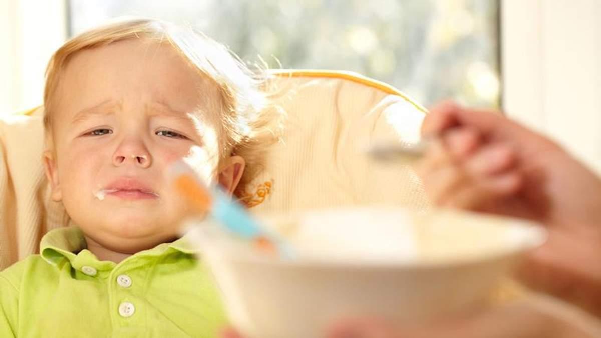 Что такое синдром чистой тарелки и что с ним делать: объяснение Комаровского