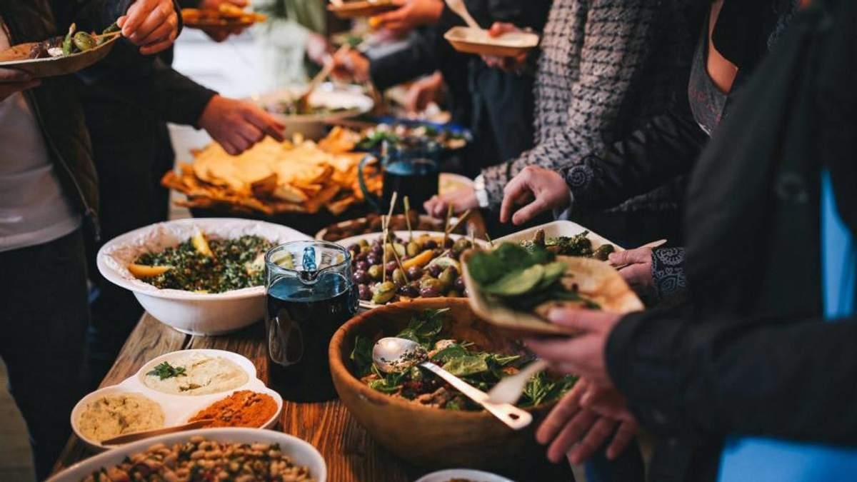 Чим небезпечна вулична їжа: пояснення харчового технолога