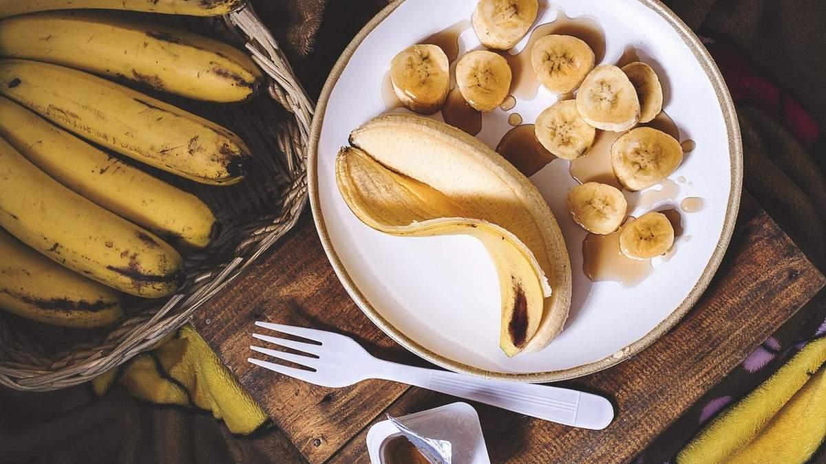 Користь від бананів серйозно залежить від їхнього кольору