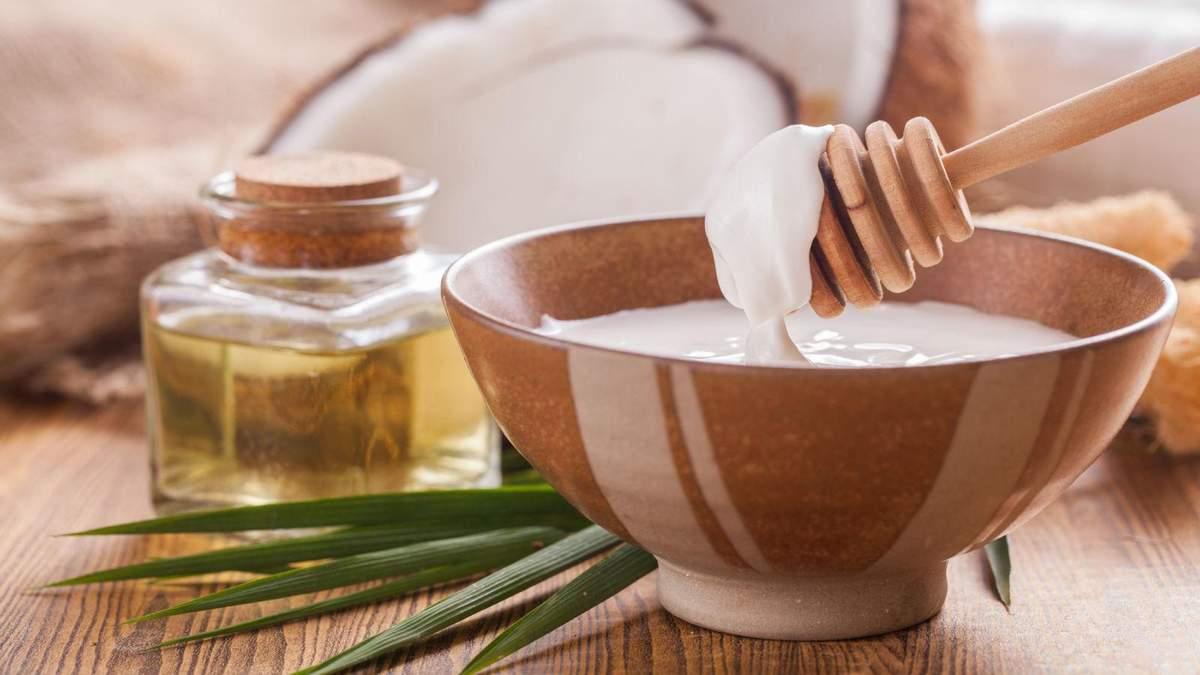 Какое масло полезнее – кокосовое или льняное: ответ диетолога