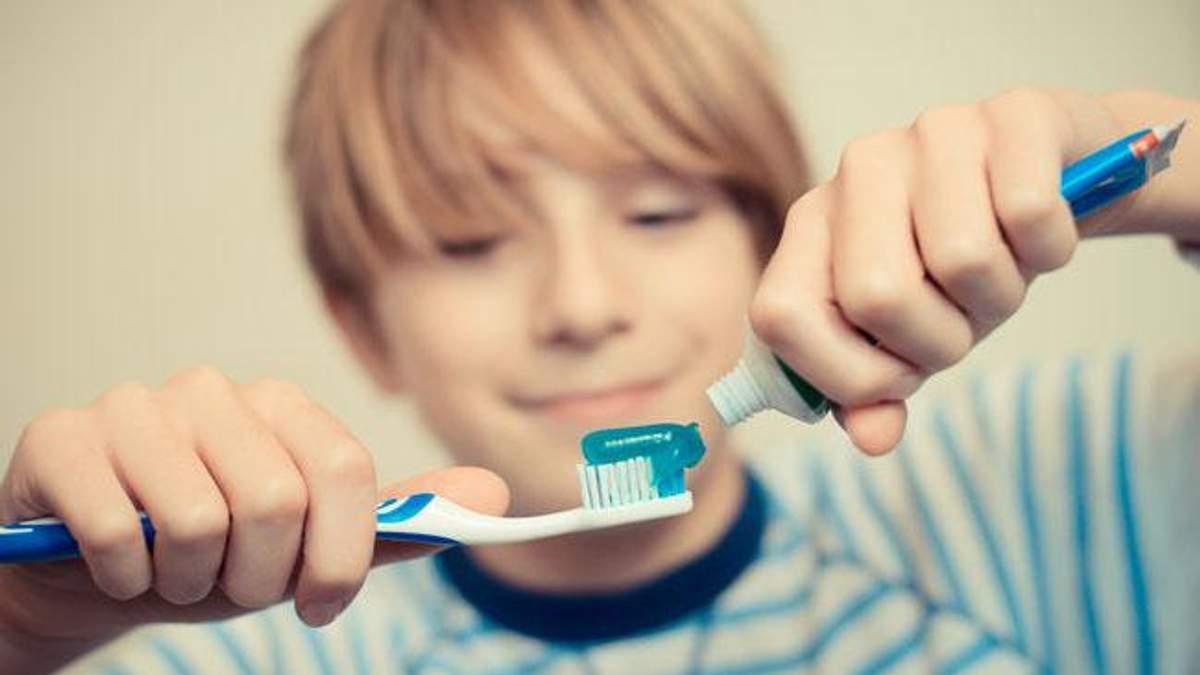 Чому чистити зуби відразу після сніданку шкідливо
