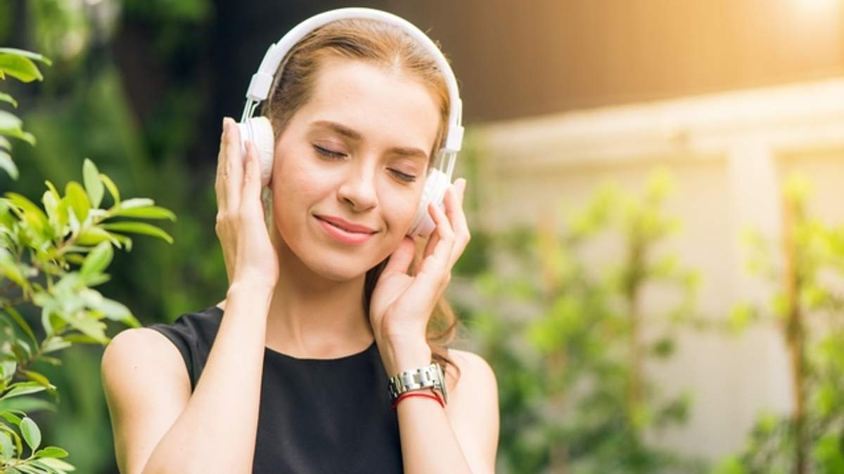 Які хвороби можуть спровокувати навушники