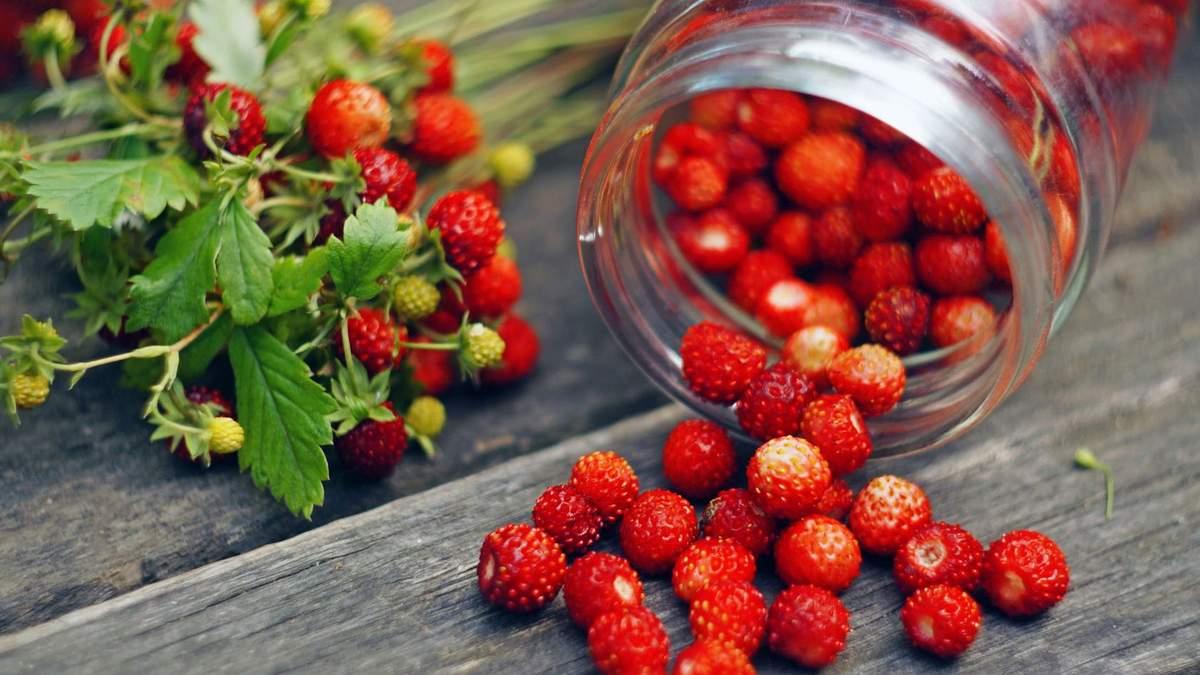 Дієтолог назвала сезонні ягоди, які покращують здоров'я людини