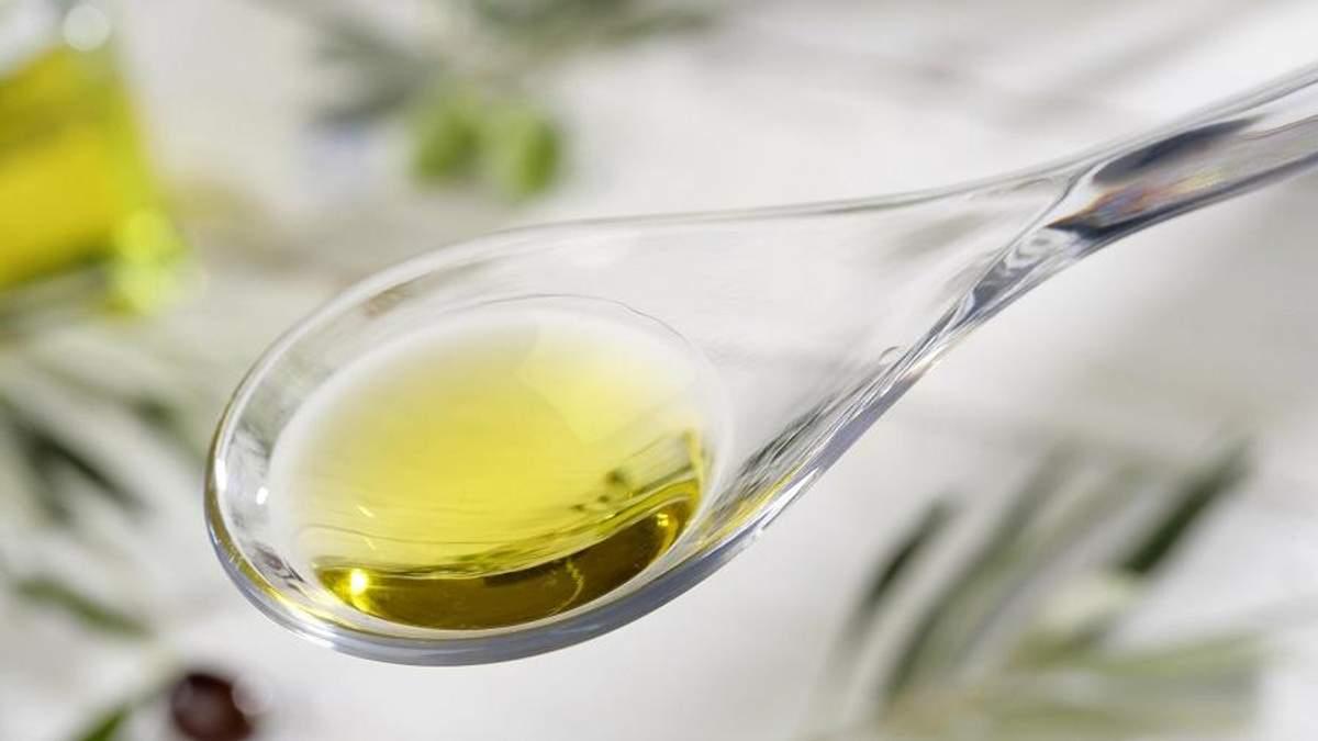 Кому протипоказано пити олію на голодний шлунок