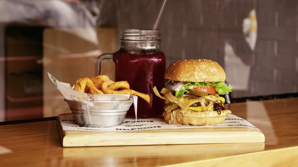 Популярная еда приводит к депрессии