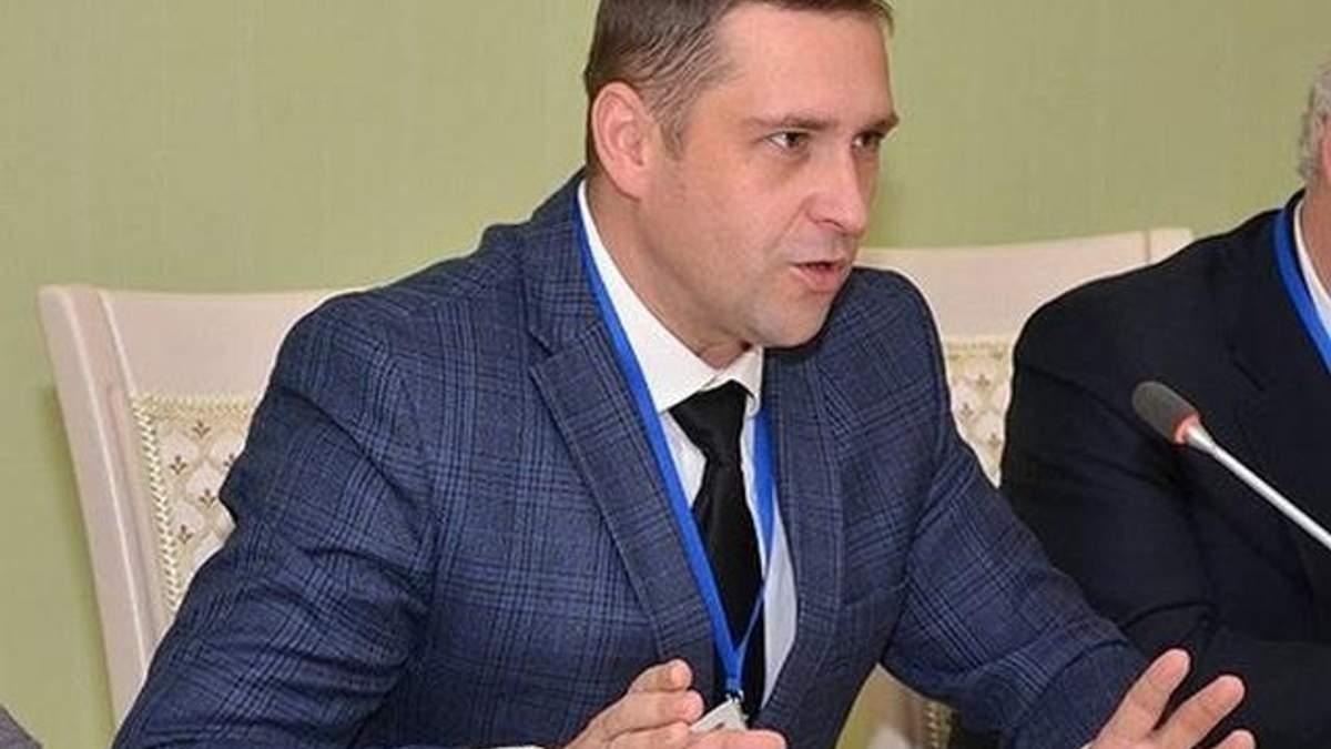Представник президента у Криму пояснив, чому українцям відмовляють у наданні медпослуг на окупованому півострові