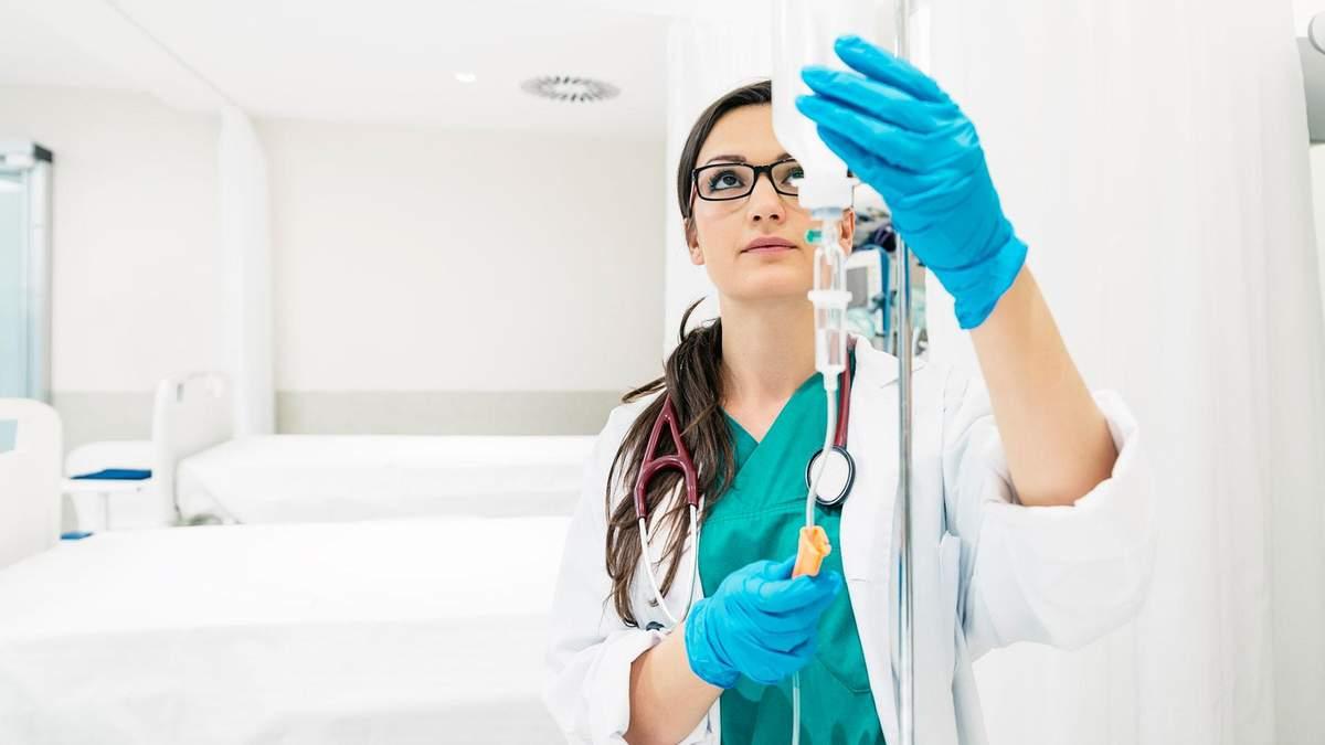 В Украине отменили запрет на известные растворы для инъекций и антисептик