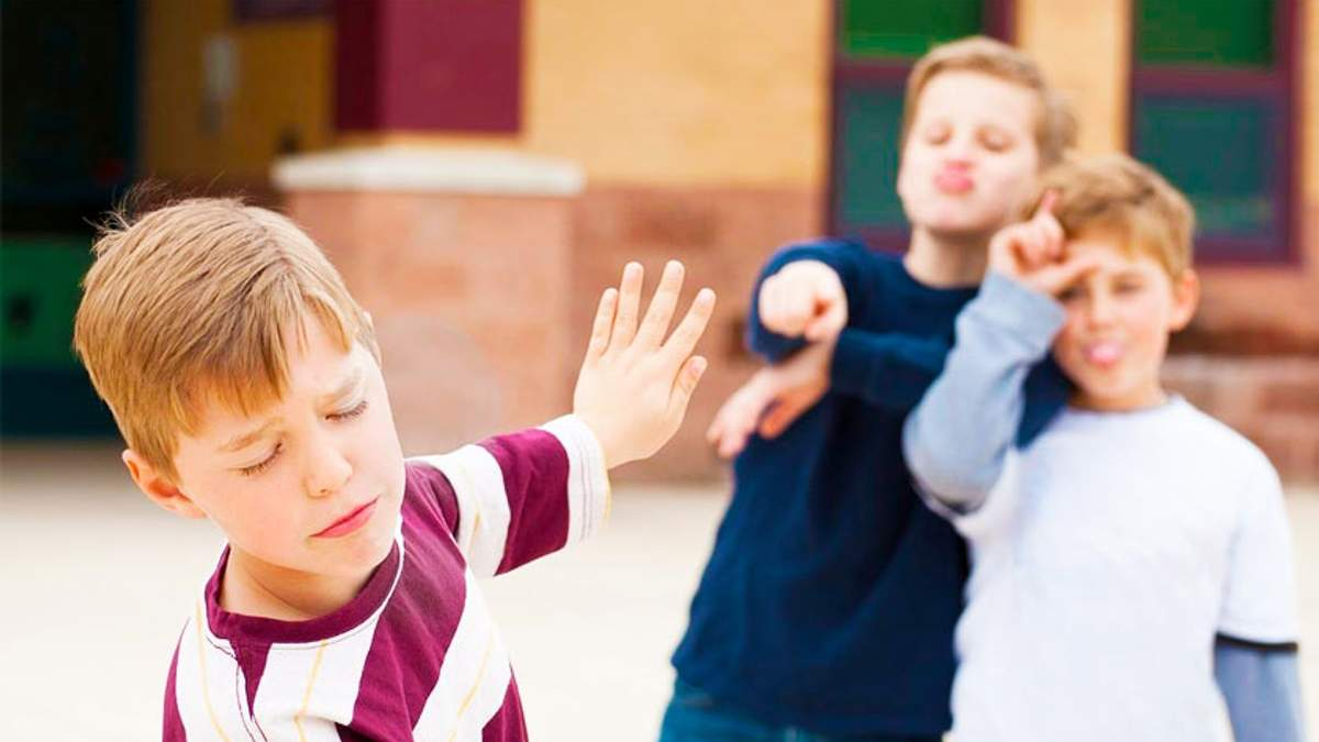 Что делать, если ребенка дразнят в садике
