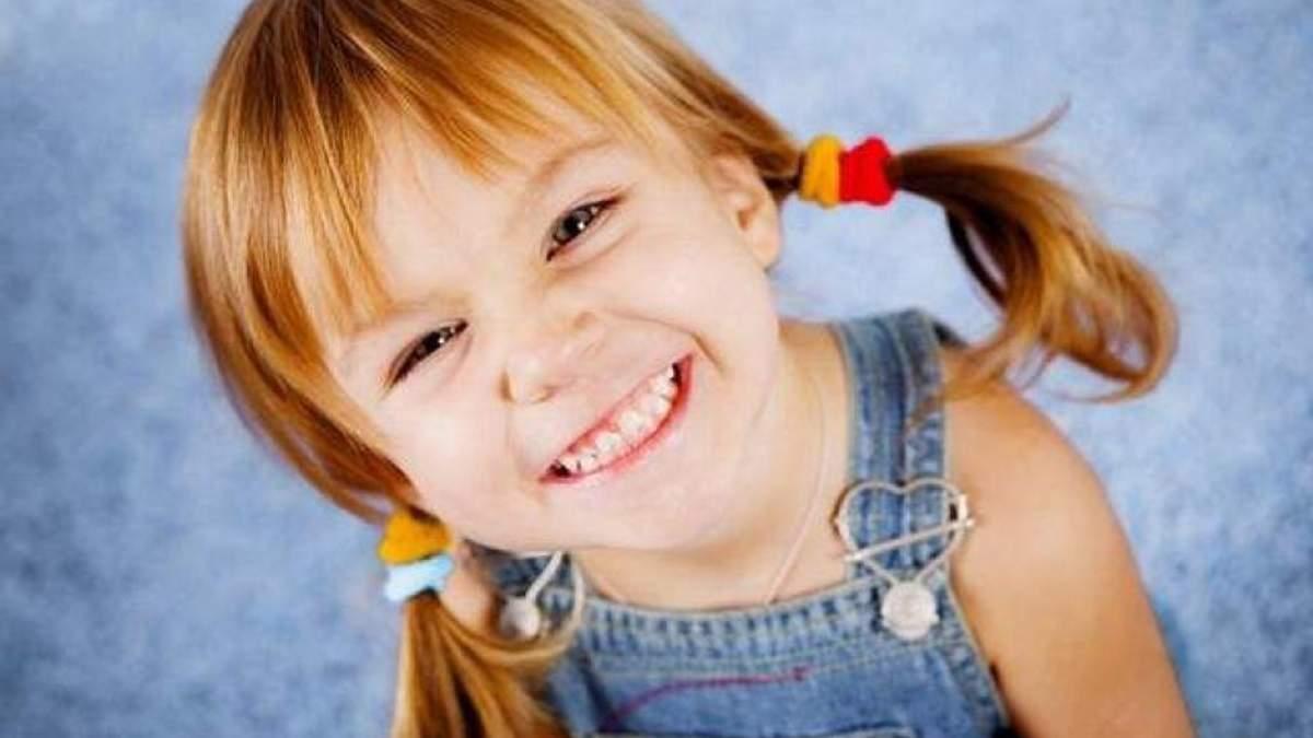 Как убрать зубной налет дома: полезный лайфхак