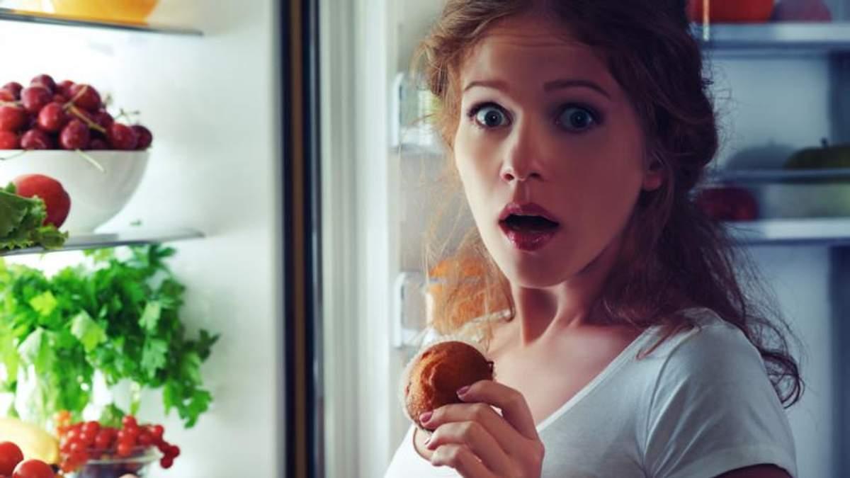 Не лягайте спати голодними, – дієтолог про секрети доброго сну