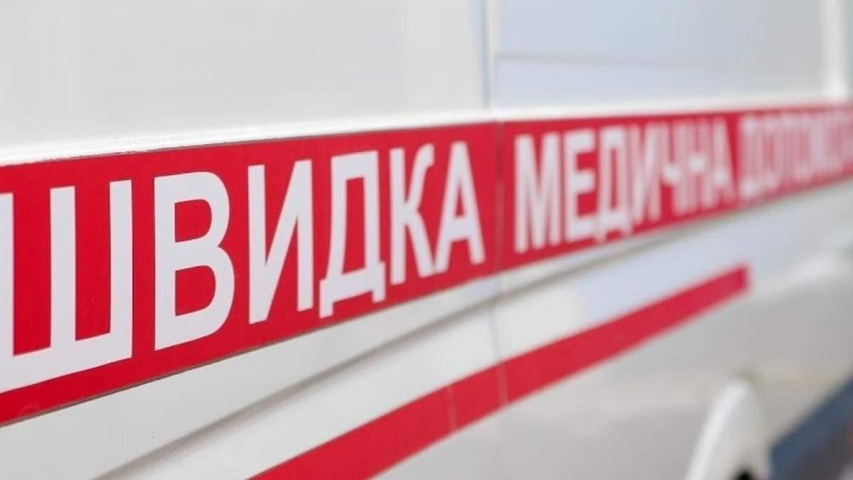 На Одещині п'яний чоловік напав на бригаду швидкої допомоги