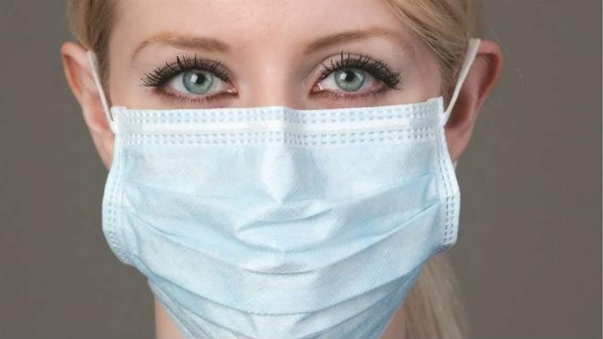 лікар розповів, чому варто носити маски у сезон захворювань