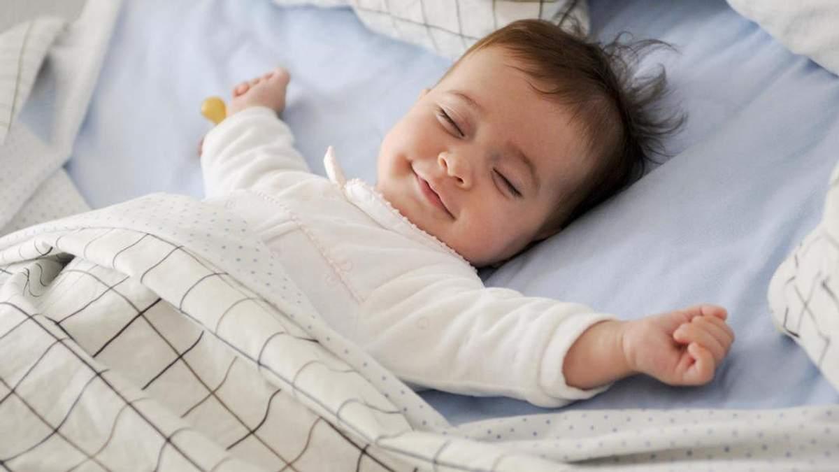 Как должен спать ребенок до 1 года