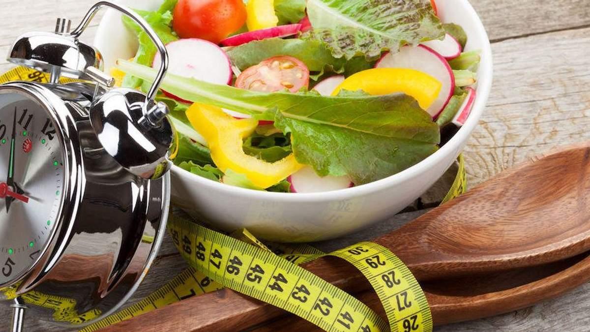 Правильно построенный режим дня способствует похудению