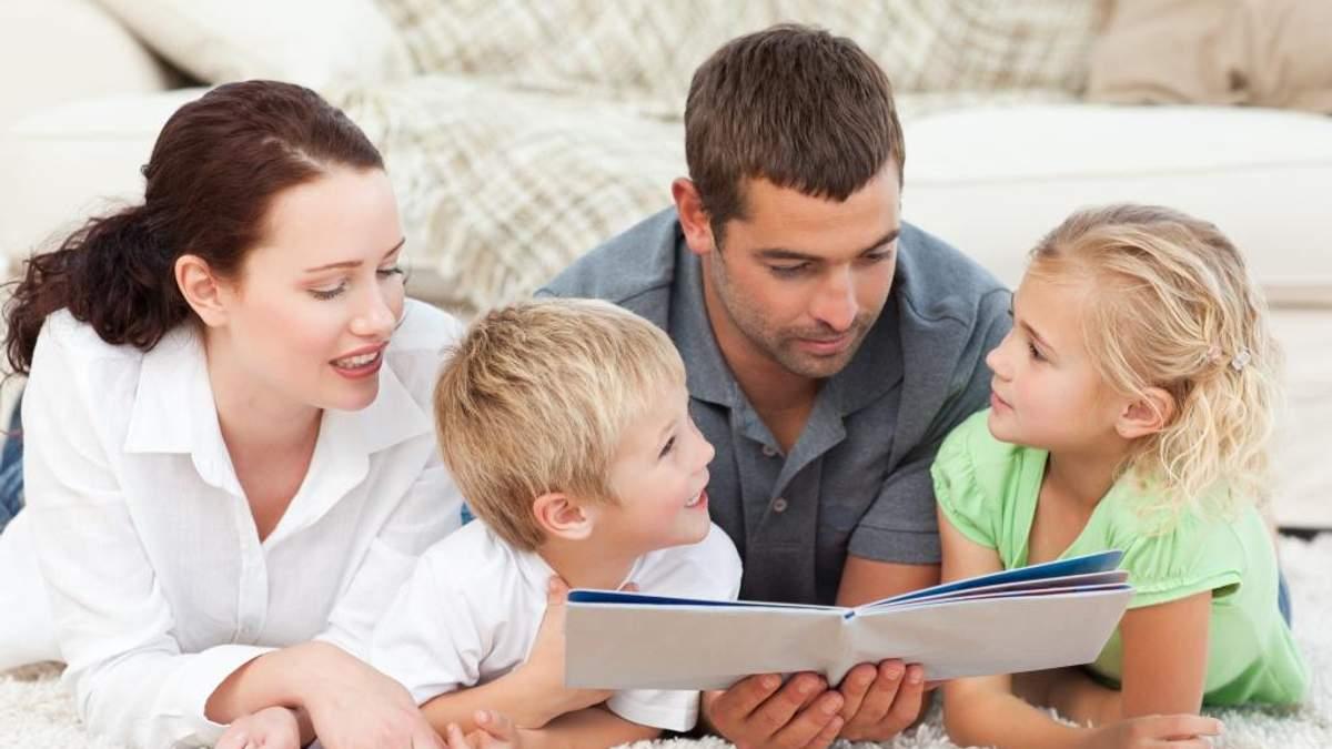 """Супрун радить батькам """"сюсюкатися"""" з дітьми під час спілкування"""