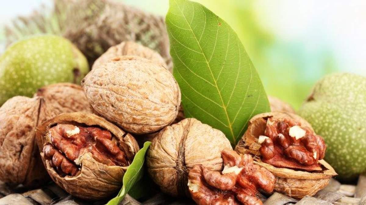 Орехи уменьшают риск возникновения многих заболеваний