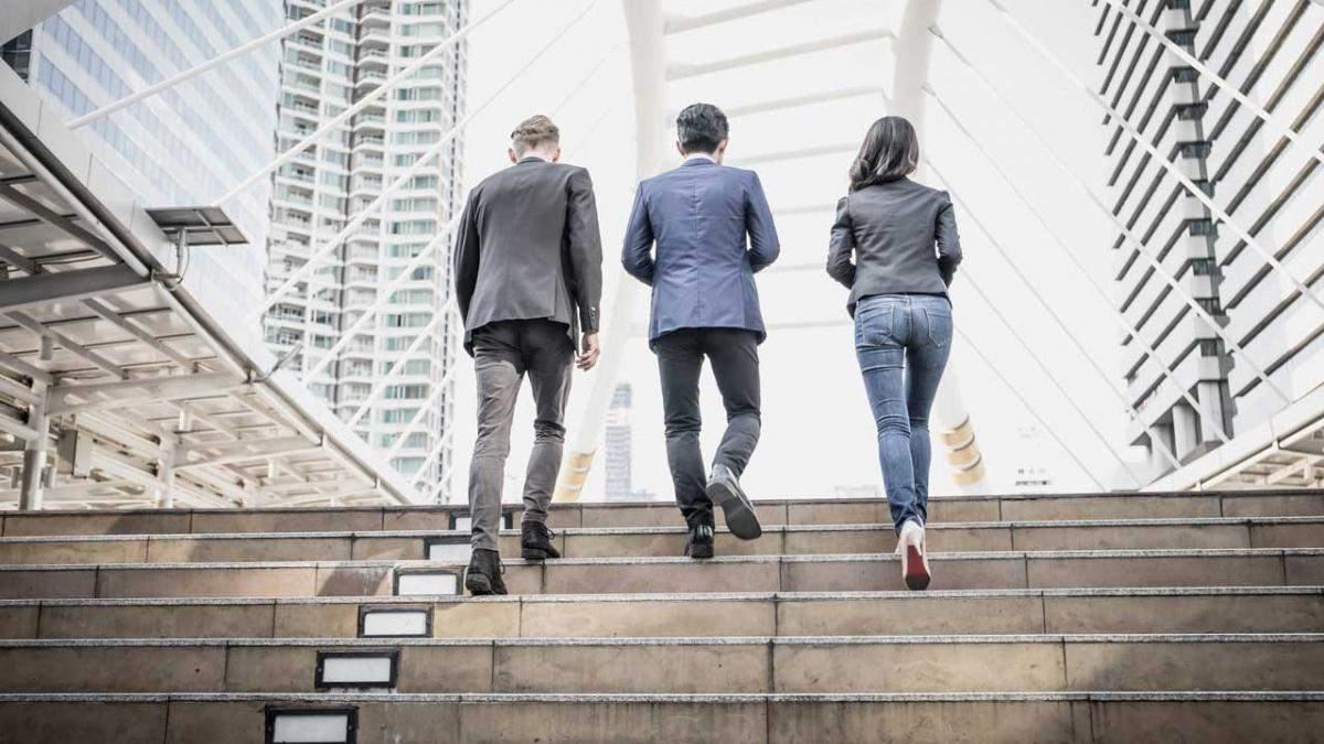 5 убедительных причин подниматься по лестнице, а не на лифте