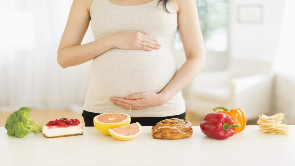 Как правильно питаться во время беременности