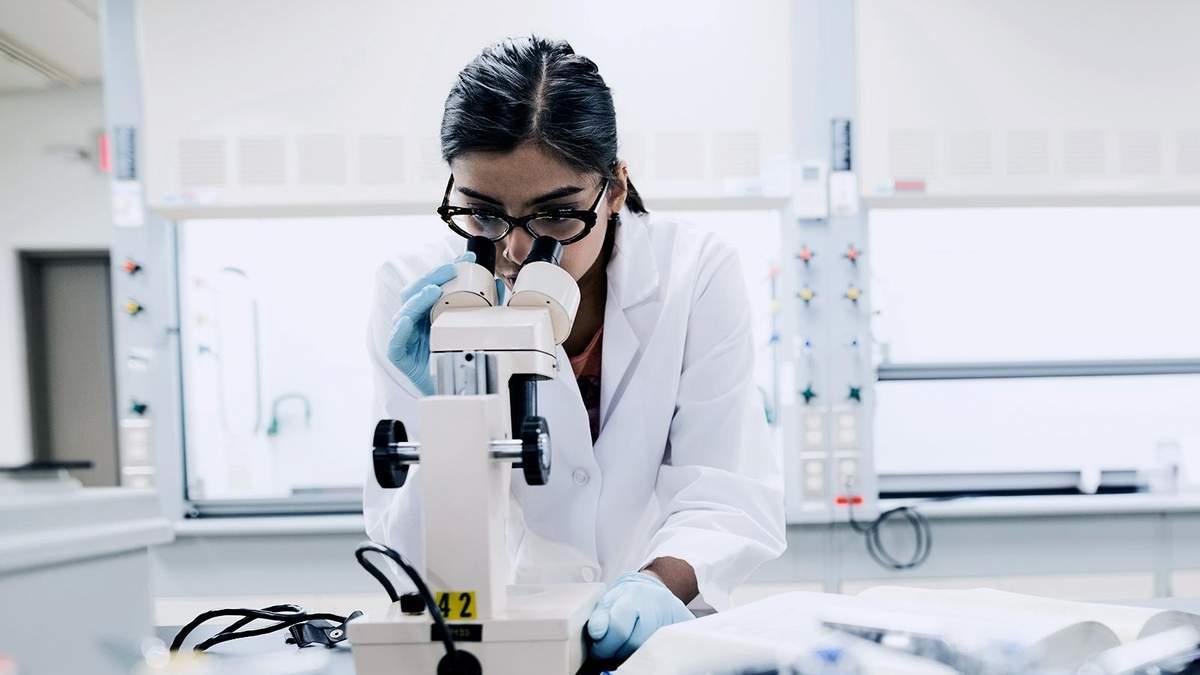 Вчені створили клітини, які знищують рак