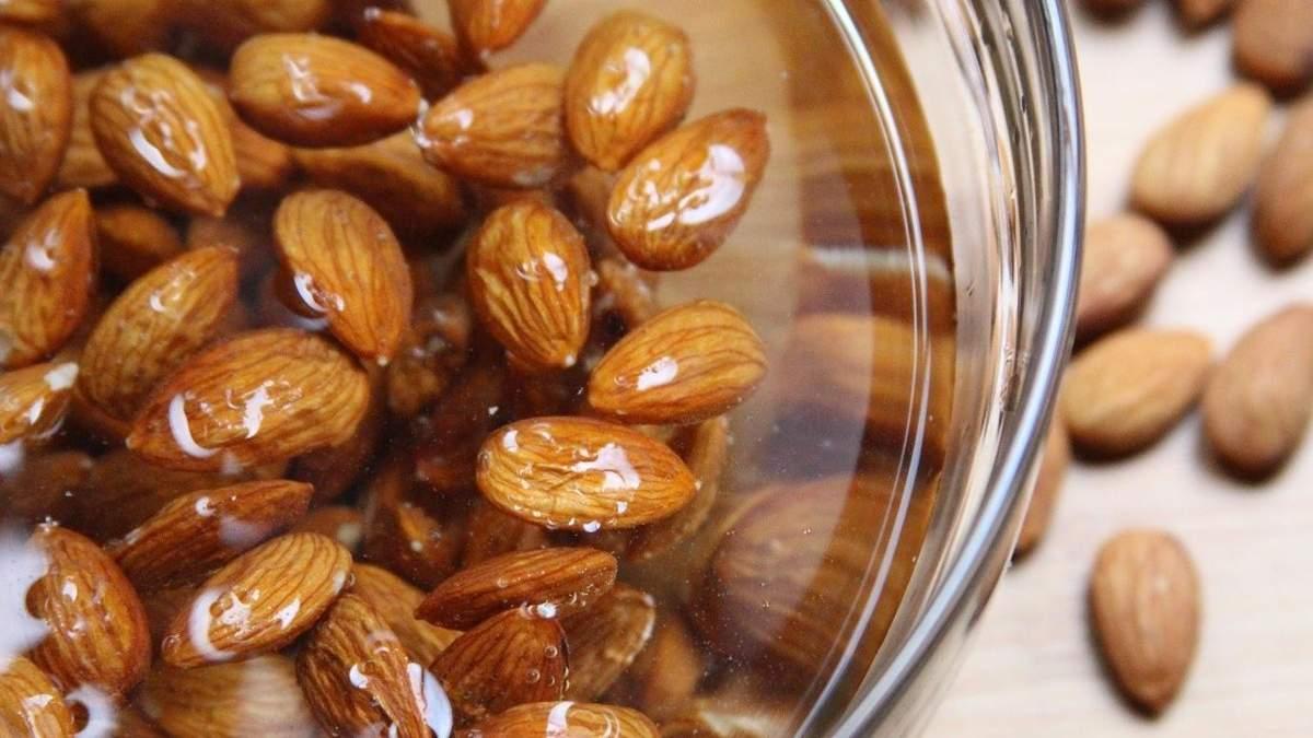 Зачем замачивать орехи перед употреблением