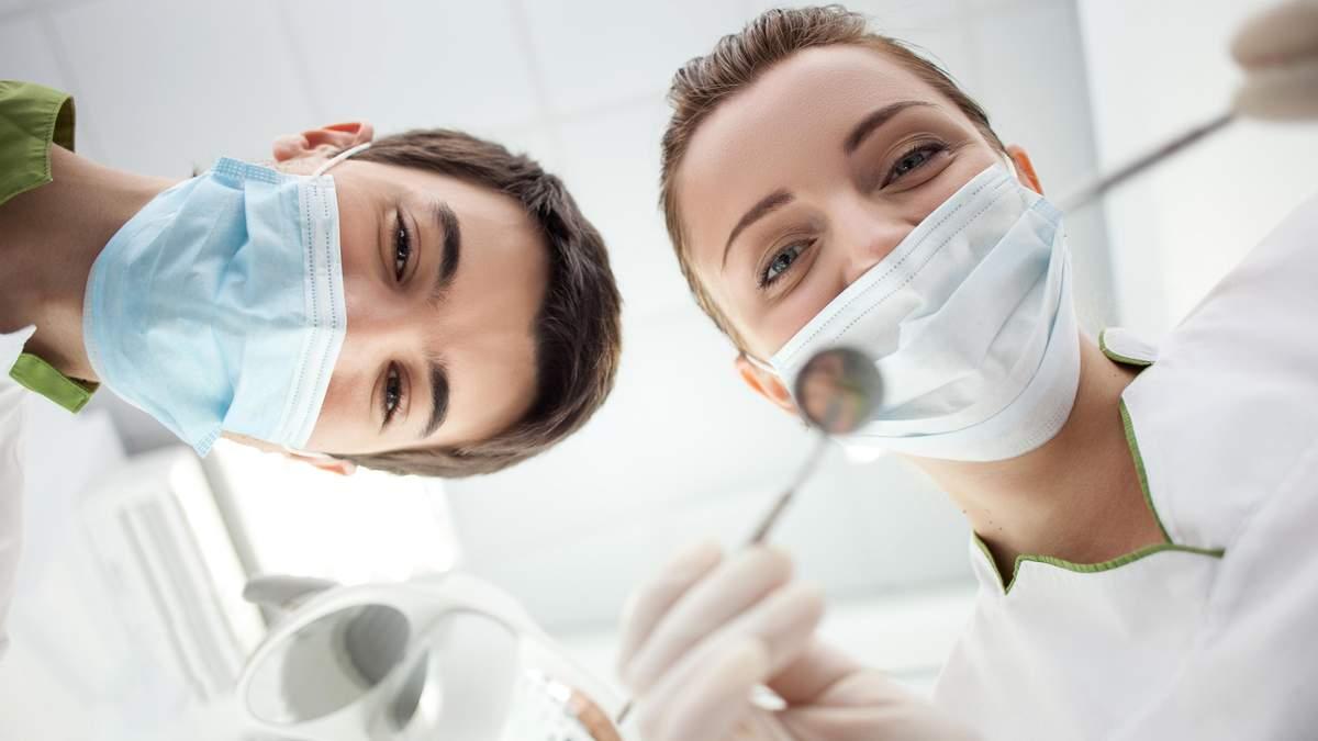 Вчені створили пломбу, яка може відновлювати зуби